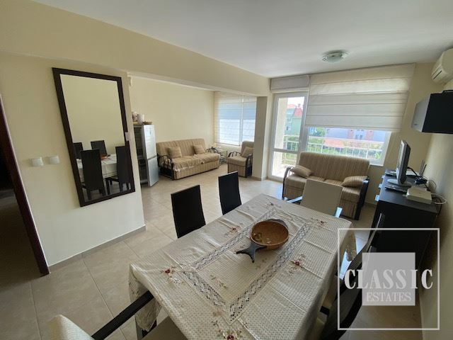 Spacious southern apartment 150m. from the beach